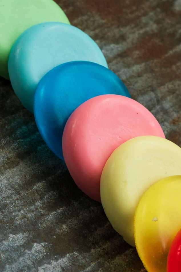 Värilliset saippuat